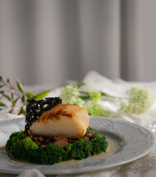 Chilean sea bass fillet